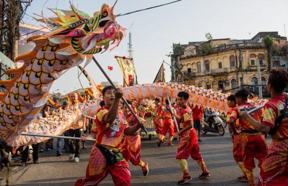Người Hoa ở Sài Gòn diễu hành mừng Tết Nguyên tiêu – 2018