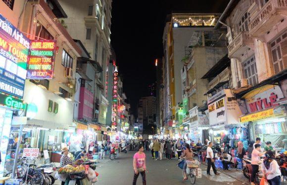 Phố Mã Lai giữa lòng Sài Gòn