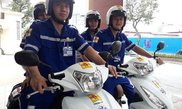 Đội cấp cứu bệnh nhân bằng xe hai bánh Tp.HCM