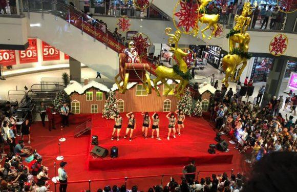 Sài Gòn lung linh sắc màu dịp Giáng Sinh 2018
