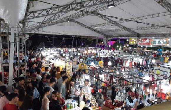 Chợ Phiên Cuối Tuần Sài Gòn – Big Sale Market